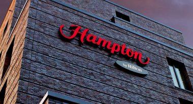 Modernes digitales Hotelmanagement erfolgt im Hampton by Hilton Berlin City West mit hotelkit. Und das zur höchsten Zufriedenheit aller.