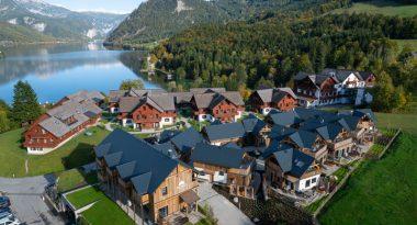 Mondi Resort mit Blick auf Berge und Seen