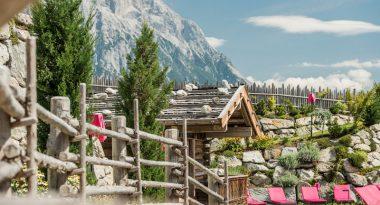 Alpenresort Schwarz Coverbild